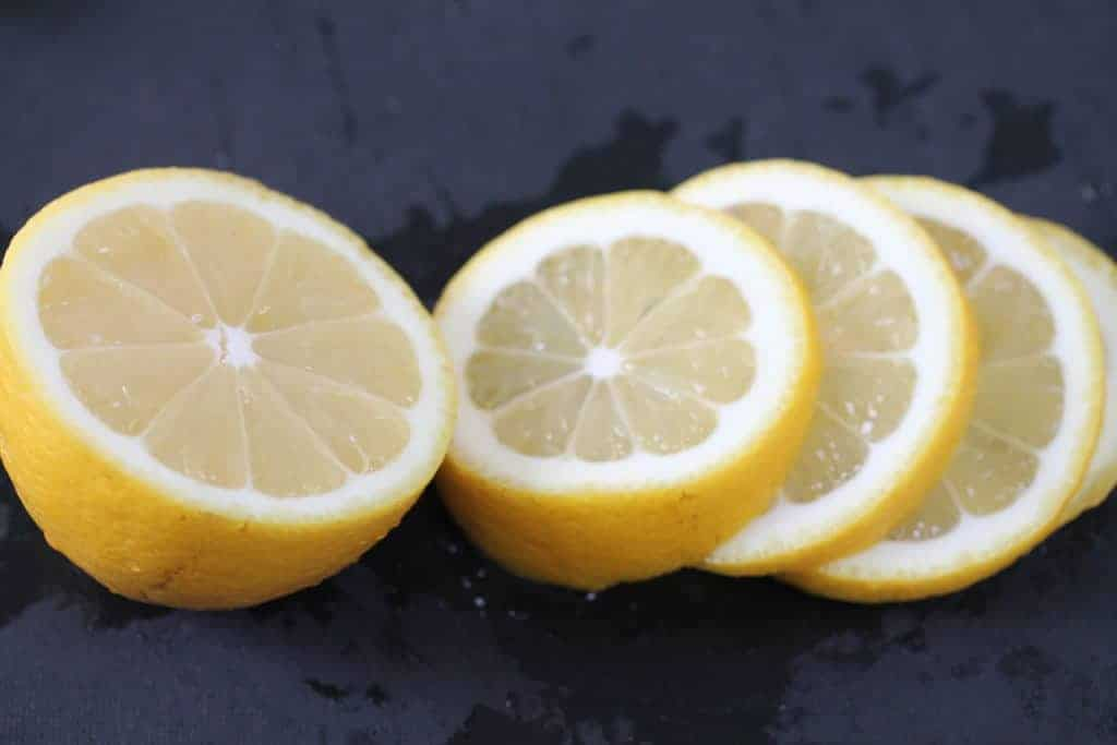 freshly chopped lemon