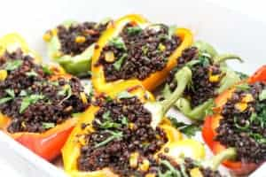 vegan-stuffed-peppers-with-beluga-lentils