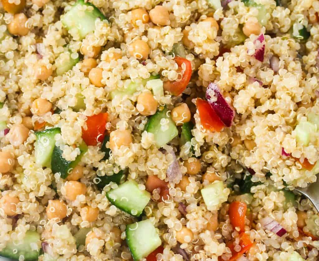 vegan-quinoa-chickpea-salad
