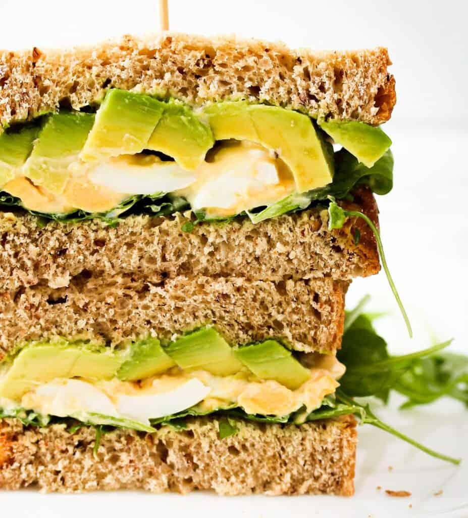 avocado-and-egg-side