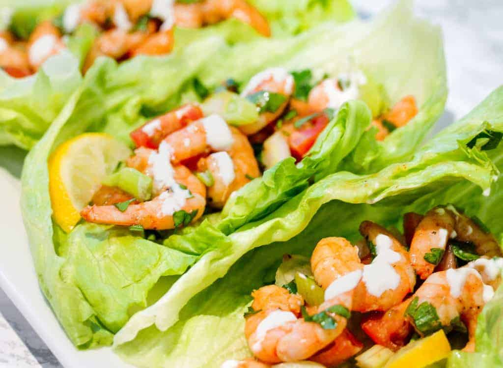 easy-low-carb-lettuce-shrimp-tacos a healthy lunch idea for meal prep
