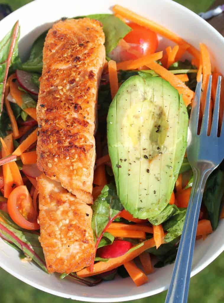 fresh-salmon-salad-with-avocado