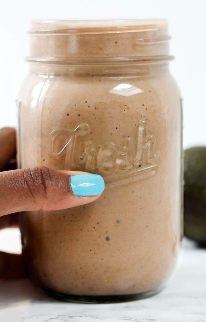 healthy-chocolate-banana-smoothie for a quick and easy breakfast without yogurt