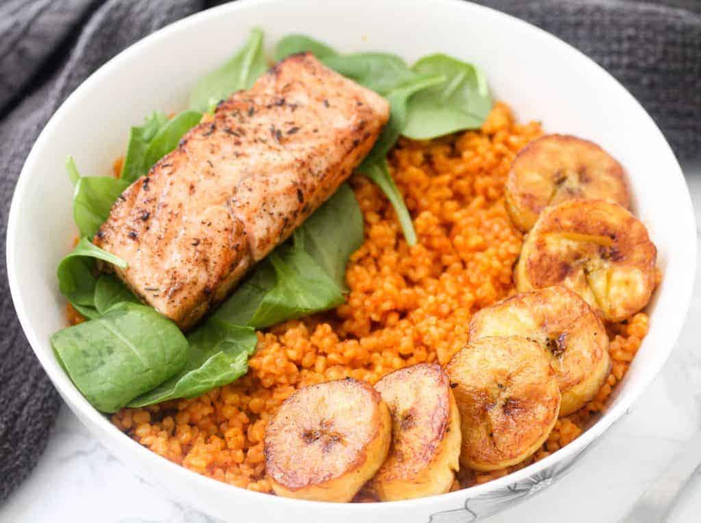 how-to-make-jollof-bulgur a healthy lunch idea for meal prep