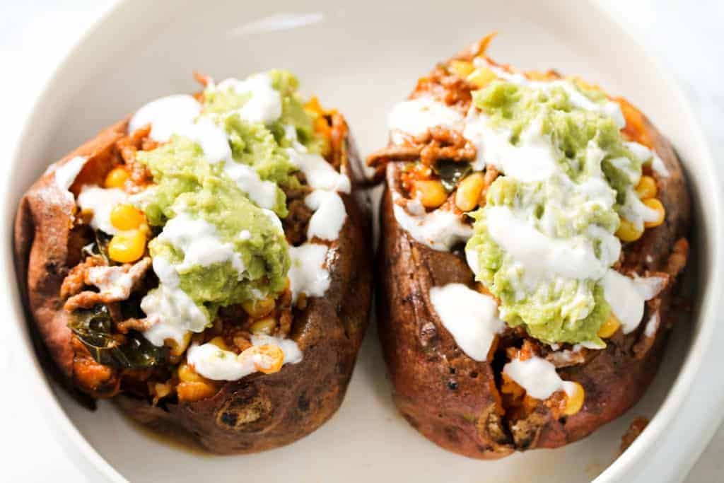 sweet-potatoes-loaded-with-minced-beef a healthy lunch idea for meal prep