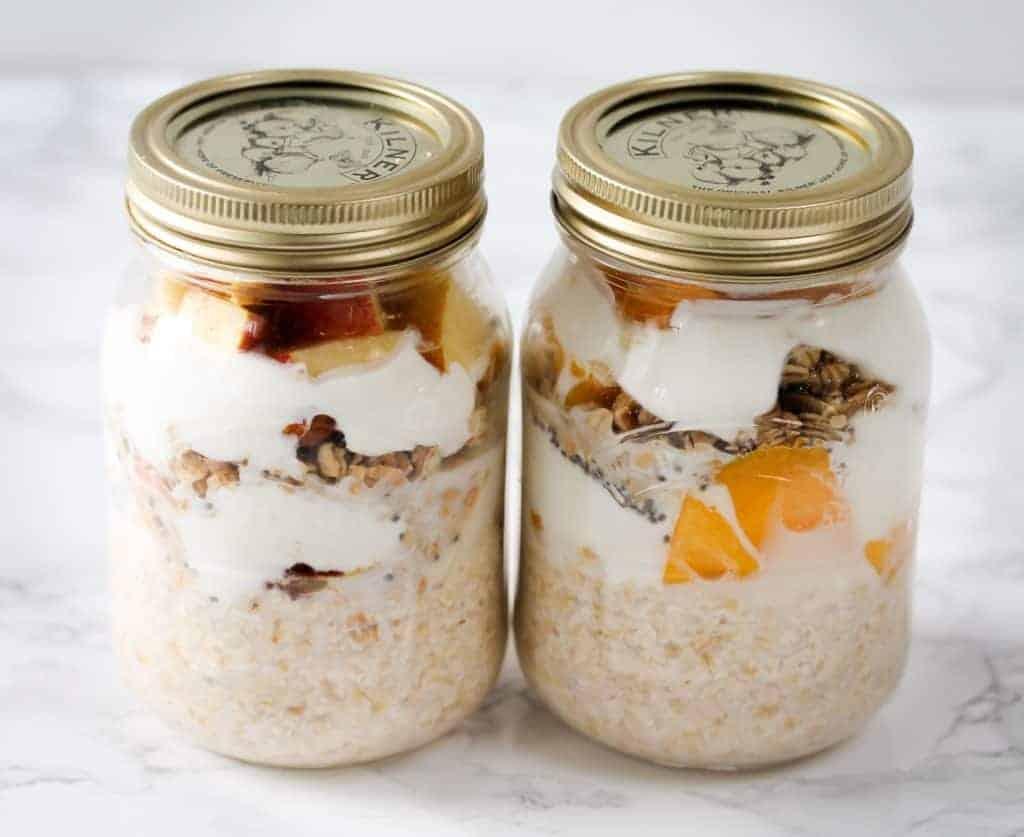 mango-vs-apple-pie-overnight-oats-breakfast-prep