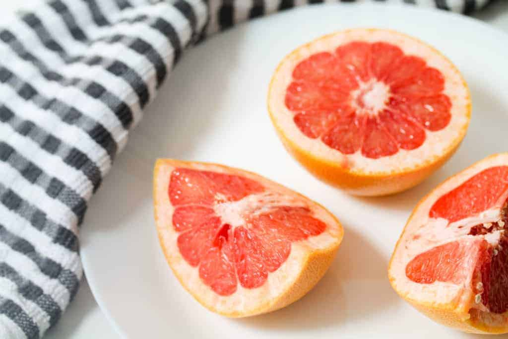tropical-non-alcoholic-grapefruit-drink