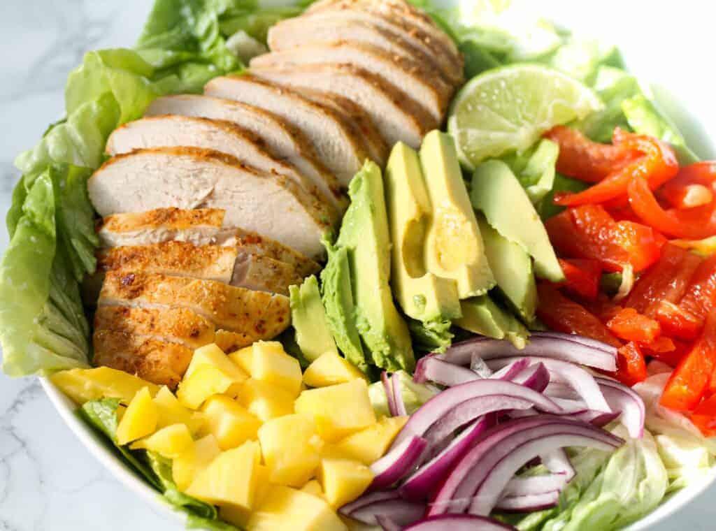 Avocado-chicken-mango-salad (02)