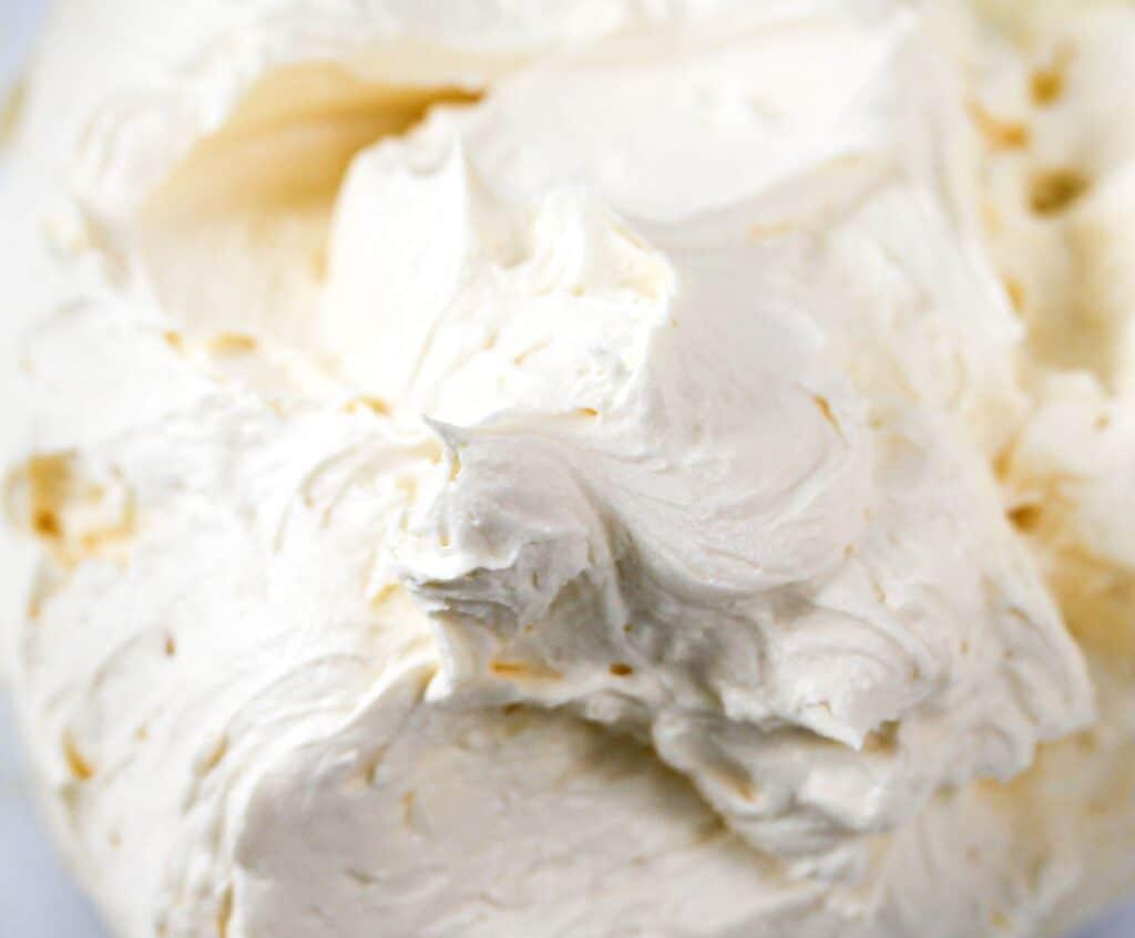 How-to make-fluffy-vanilla-buttercream