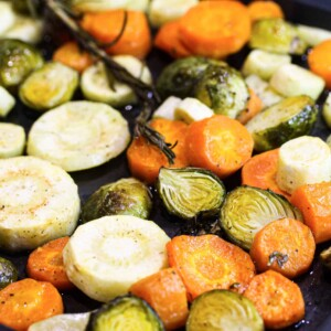 roasted-carrots-parsnips-and-brussel