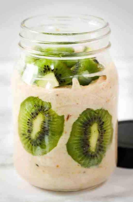Easy-Vanilla-Kiwi-Smoothie